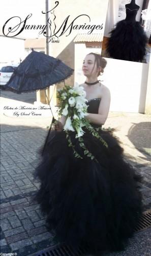 robe de mariee noire en mouchoirs de tulle bustier strass SUNNY MARIAGES robes de mariee sur mesures