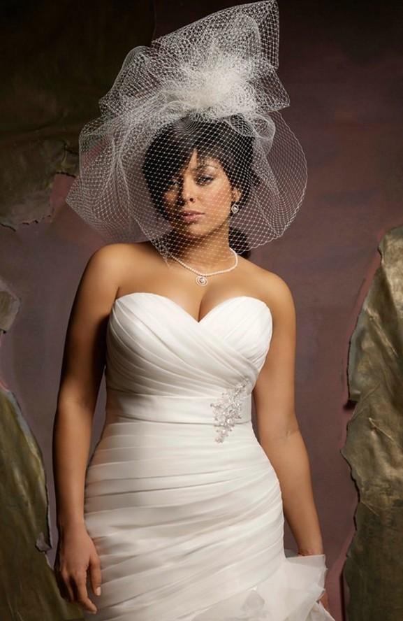 robe de mari e 2016 pour femme ronde. Black Bedroom Furniture Sets. Home Design Ideas
