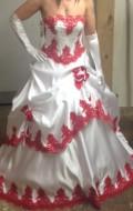 robe de mariee noir ou rouge et blanche sunny mariage. Black Bedroom Furniture Sets. Home Design Ideas