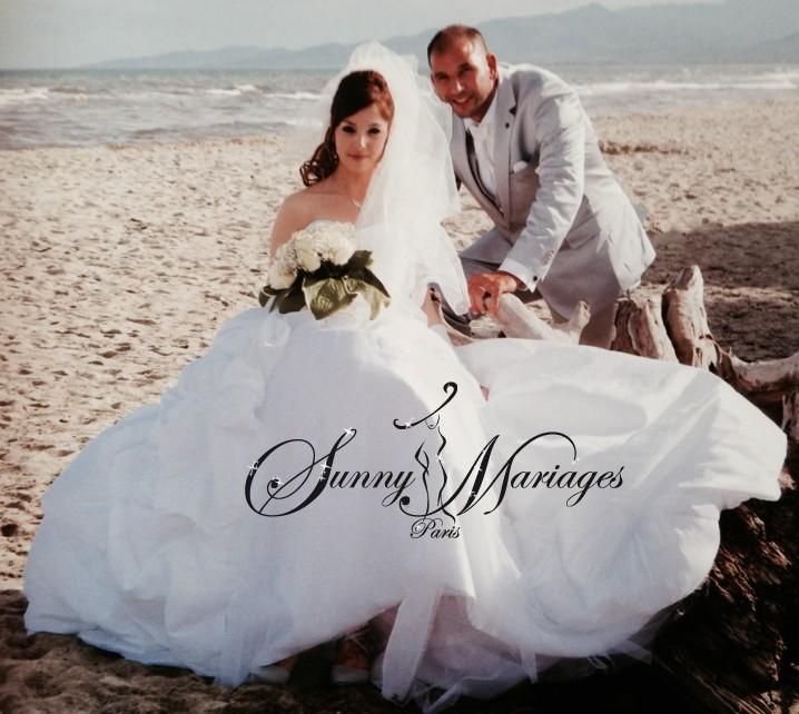 Robe de mari e princesse bustier drap et jupe for Meilleurs sites de robes de mariage en ligne