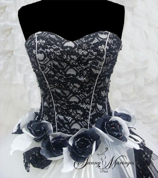 robe de mari e noire et blanche pas cher et en ligne sunny mariage. Black Bedroom Furniture Sets. Home Design Ideas
