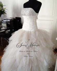 robe de mariee princesse en tulle et strass Sunny Mariage Paris