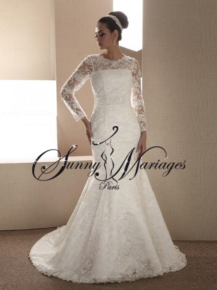 Robe de mariee dentelle et manches sur mesure SUNNY MARIAGES PARIS 599\u20ac