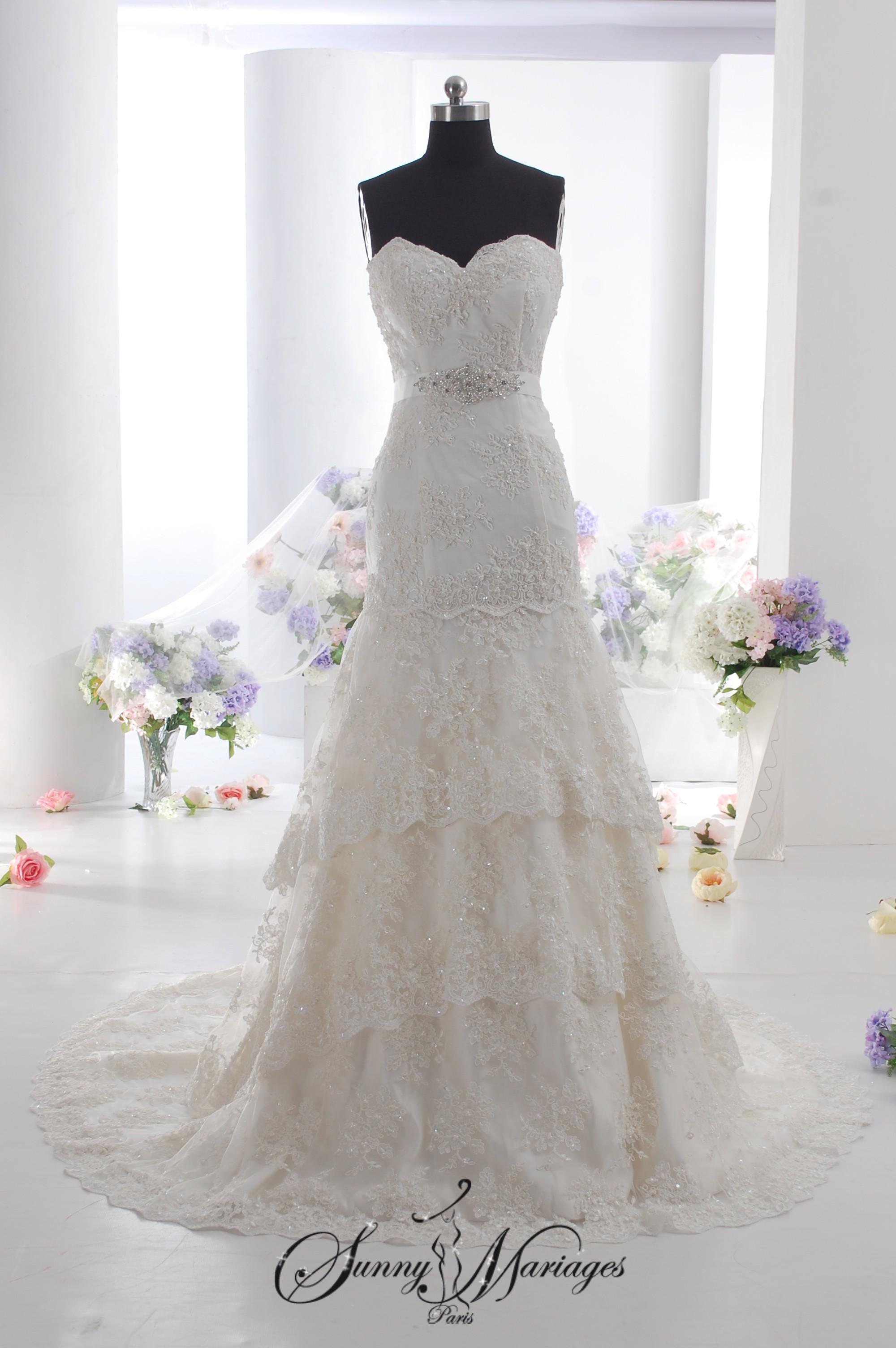 robe de mari e dentelle et perle id es et d 39 inspiration
