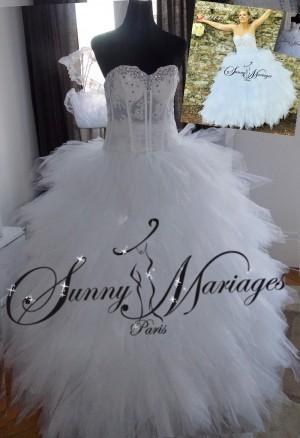 robe-de-mariage-de-princesse-pas-chere-avec-un-bustier-strass-et-jupe-en-tulle-danseuse
