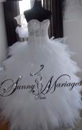 robe-de-mariage-de-princesse-pas-chere-avec-un-bustier-strass-et-une-jupe-en-tulle-danseuse