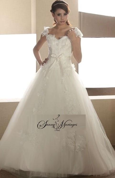 robe de mariee princesse avec manches courtes  Sunny Mariage