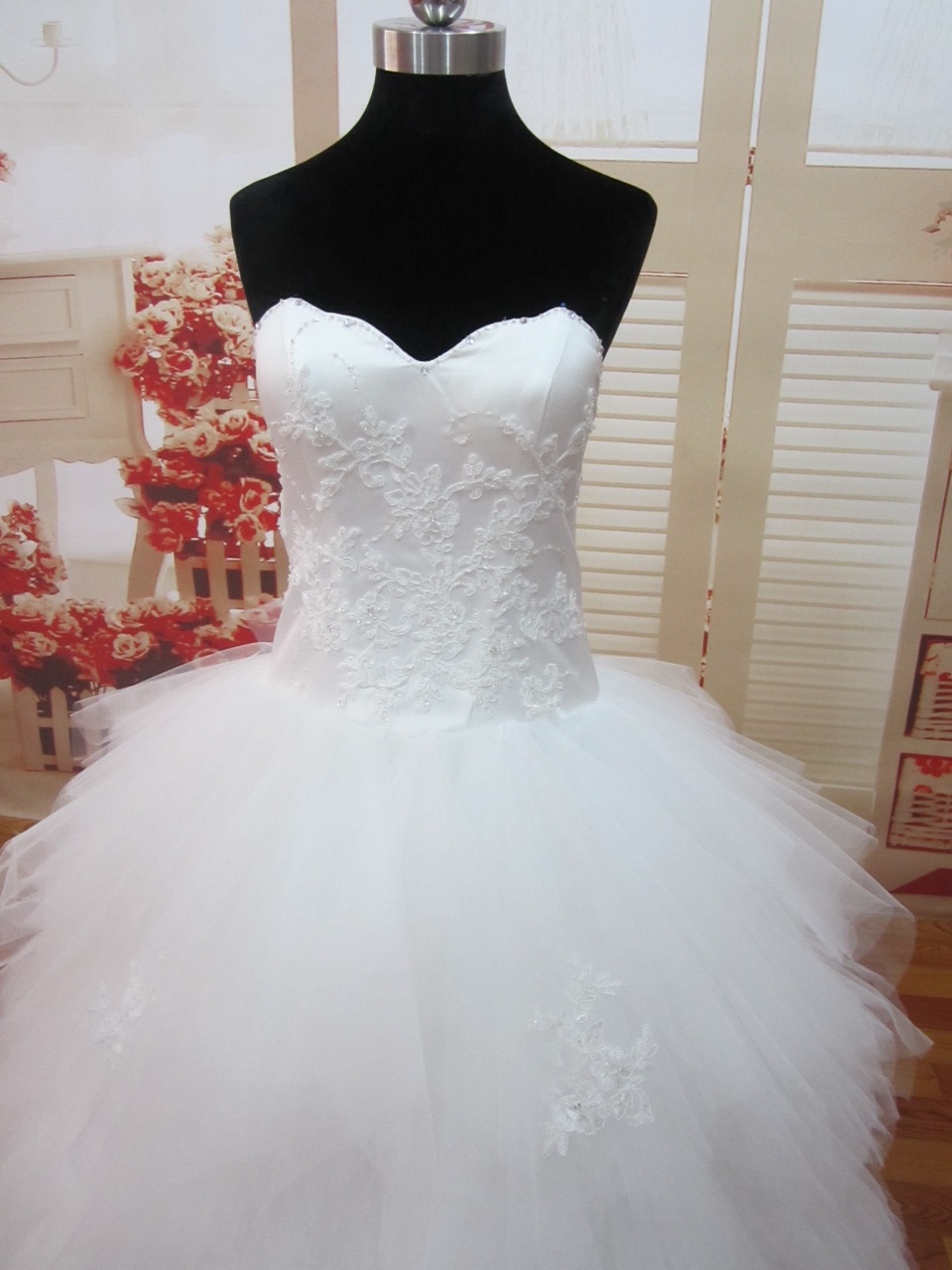 robe de mariee princesse mouchoir de tulle bustier  Sunny Mariage
