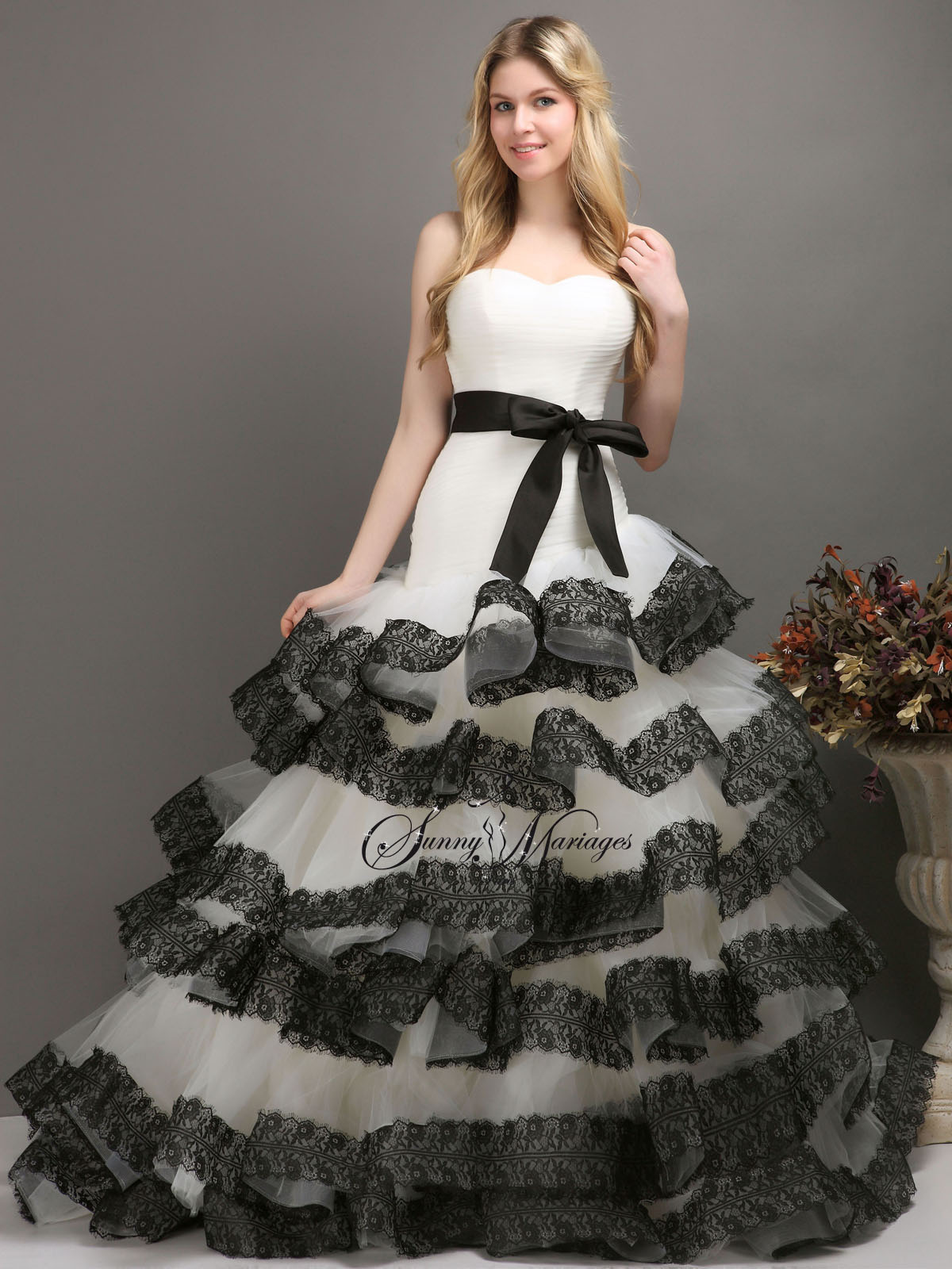 d7e169c1f06c robe de mariée dentelle noire - www.lamaisondumariageangers.fr
