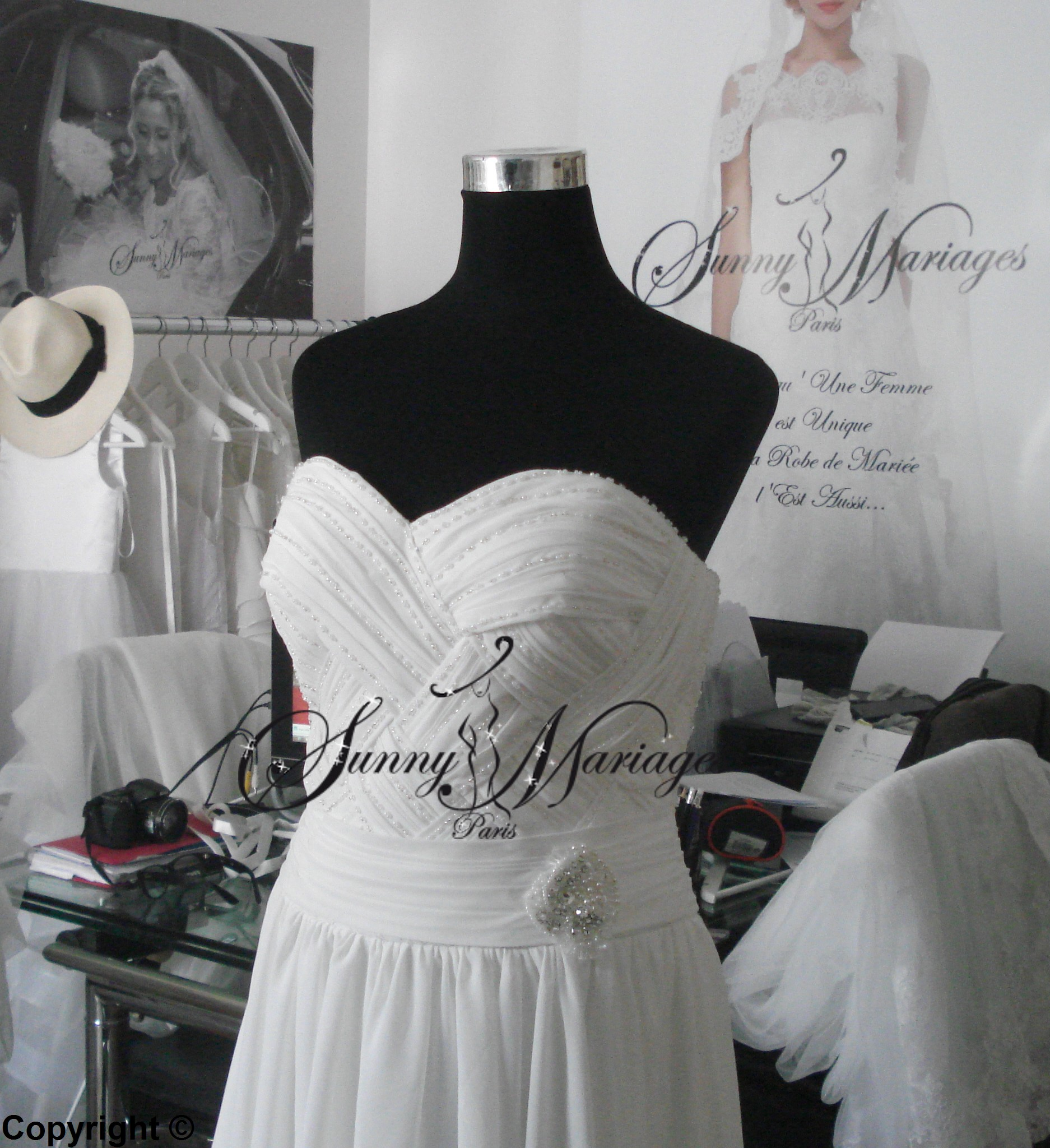 robe de mariee empire en mousseline fluide, robe de mariee simple et ...
