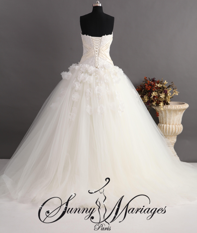 robe de mariee princesse en tulle et bustier dentelle  Sunny Mariage