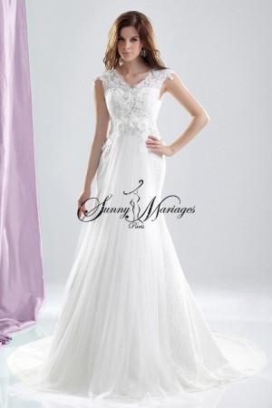 robe de mariee dentelle elfique ou celtique avec cape