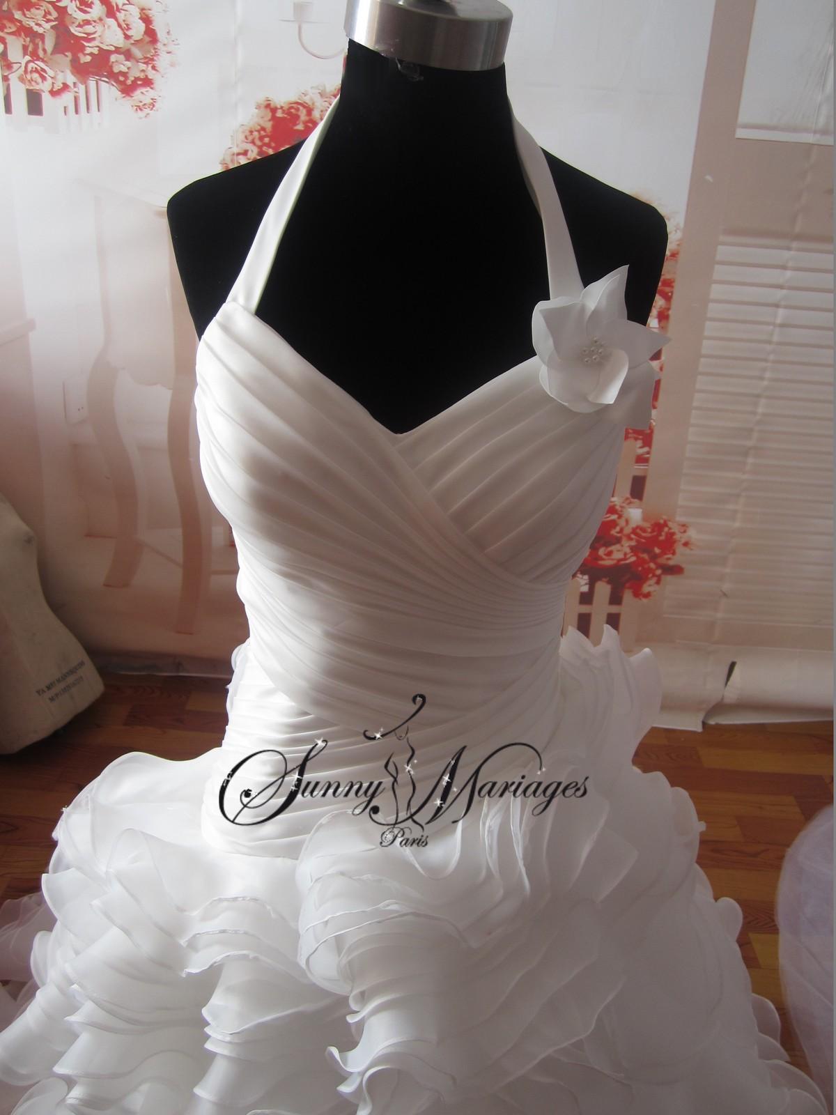 ... Site francais de vente en ligne ou sur rendez vous de robes de mariees
