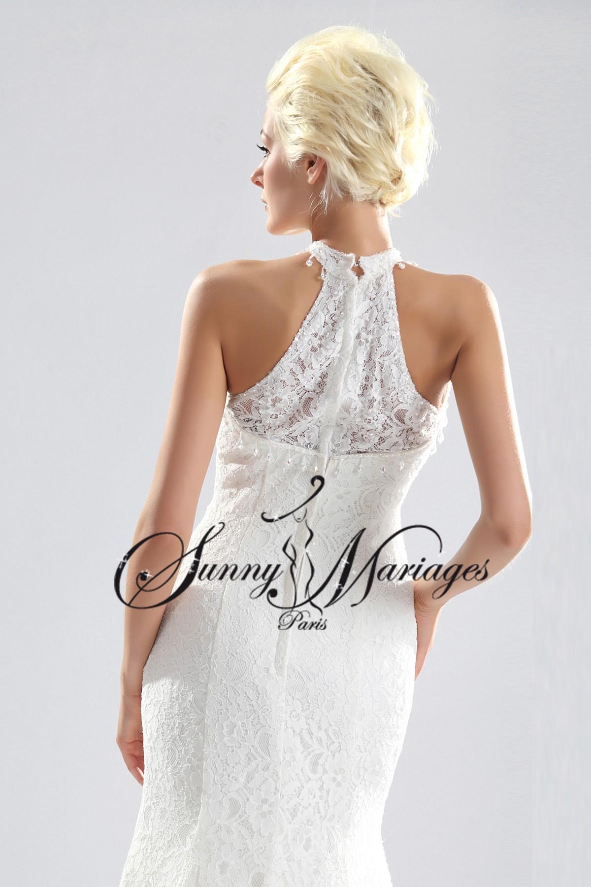 robe de mariage dentelle encolure américaine simple et élégante sur ...