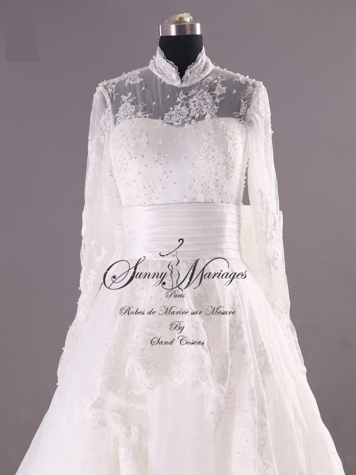 robe de mariée manches longues en dentelle Sunny Mariages Paris