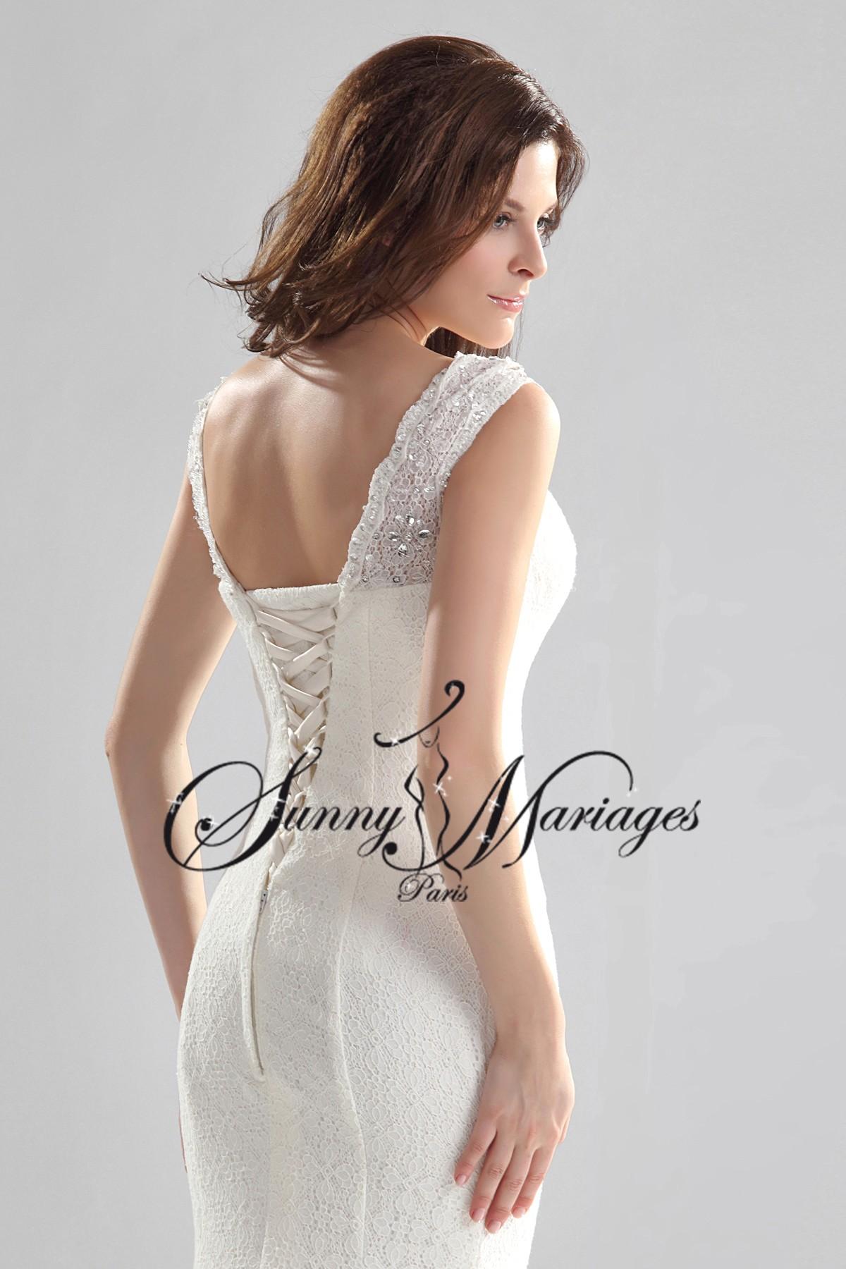 robe de mari e originale paris id es et d 39 inspiration sur le mariage. Black Bedroom Furniture Sets. Home Design Ideas