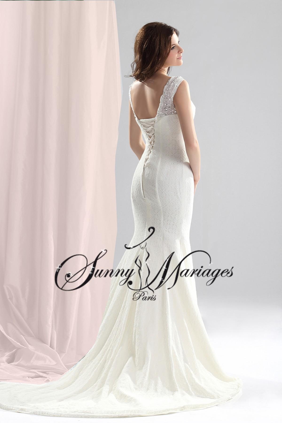 robe-de-mariee-fourreau-en-dentelle-robe-de-mariage-sur-mesure-SUNNY ...