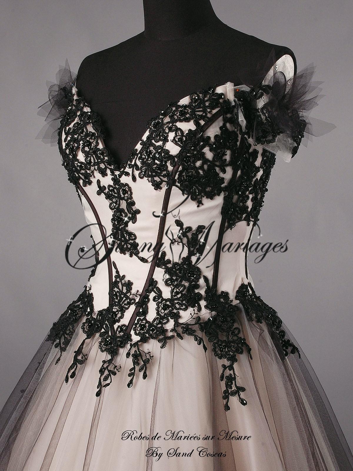 robe de mariée bustier originale couleur noir et bronze  Sunny ...