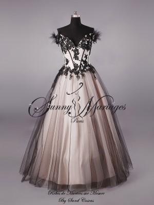 robe de mari e bustier originale couleur noir et bronze sunny mariage. Black Bedroom Furniture Sets. Home Design Ideas