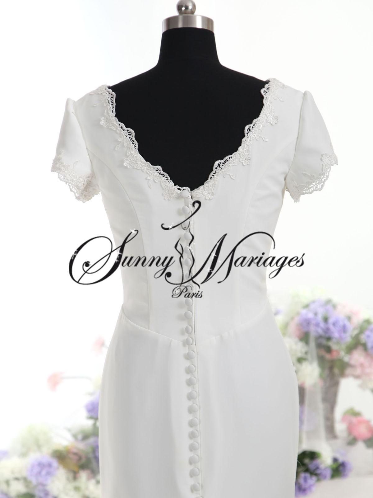 robes de mariee sont confectionnées sur mesure , ce modele de robe de ...