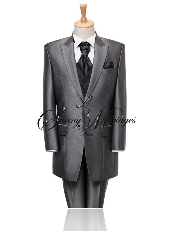 cool costume de mari noir pices slim toulon var with costume homme mariage.  notre collection de costumes de mari sur mesure vous propose des tenues de  ... eda2bb7215a