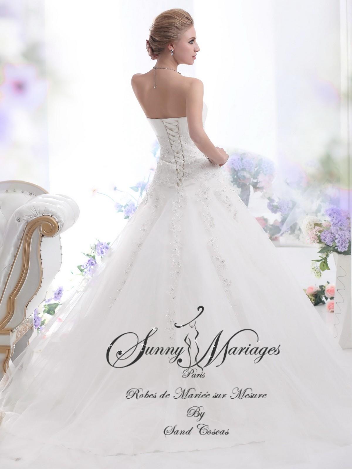 robes de mariée A line bustier tulle et strass longue traine Sunny ...