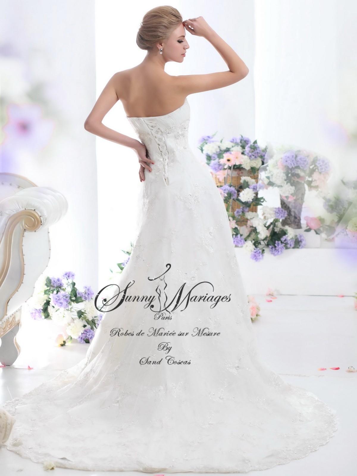 robe de mari e bustier simple en dentelle sunny mariage. Black Bedroom Furniture Sets. Home Design Ideas