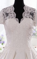 robes de mariée dentelle-princesse-manche longue-kate middleton
