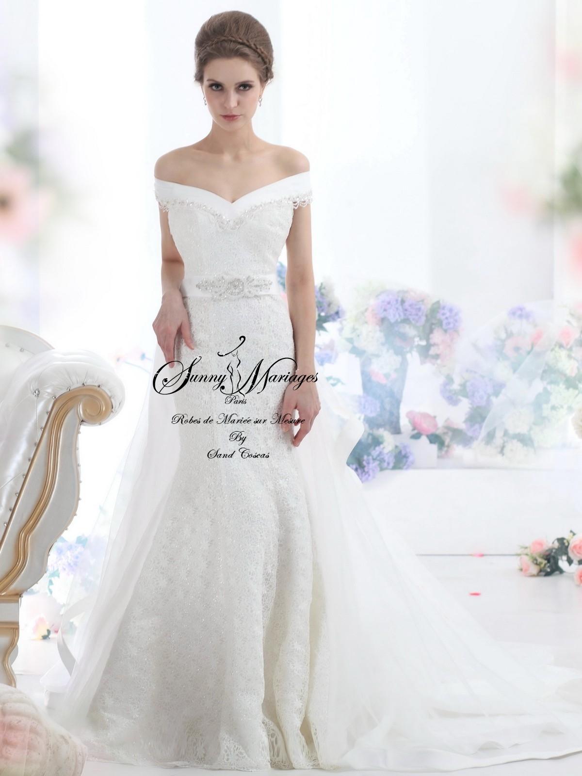 ... robe de mariée » Robe de mariée – dentelle – manche