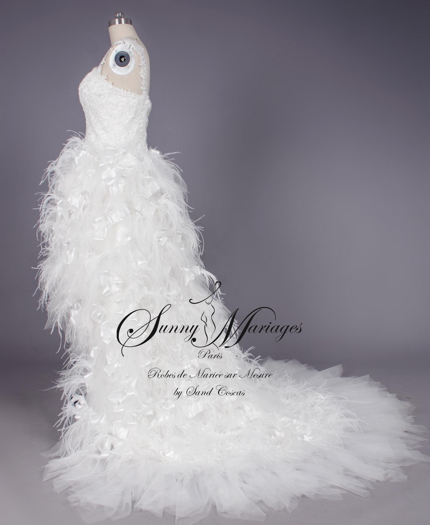 Robe de mariee avec plume