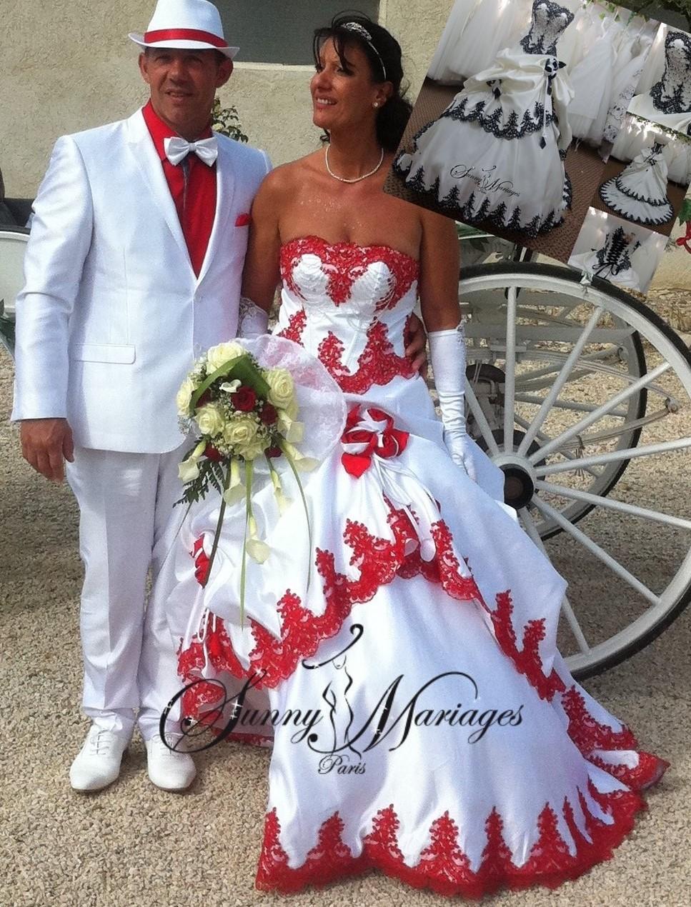 Robe de mariee rouge et blanche courte