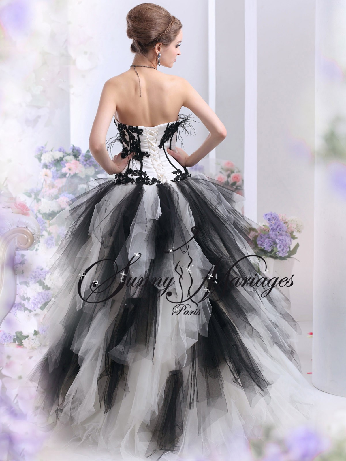 robe de mariee noir et blanc ou autres couleurs pas cher