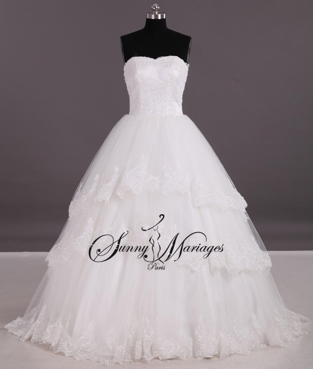 Robe de mariée princesse bustier et dentelle – « Who »