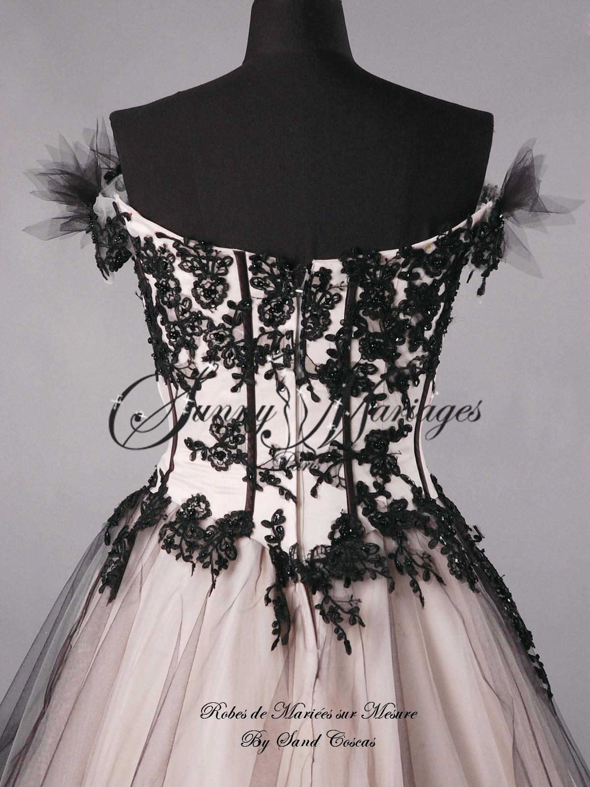 robe de mari u00e9e bustier originale couleur noir et bronze