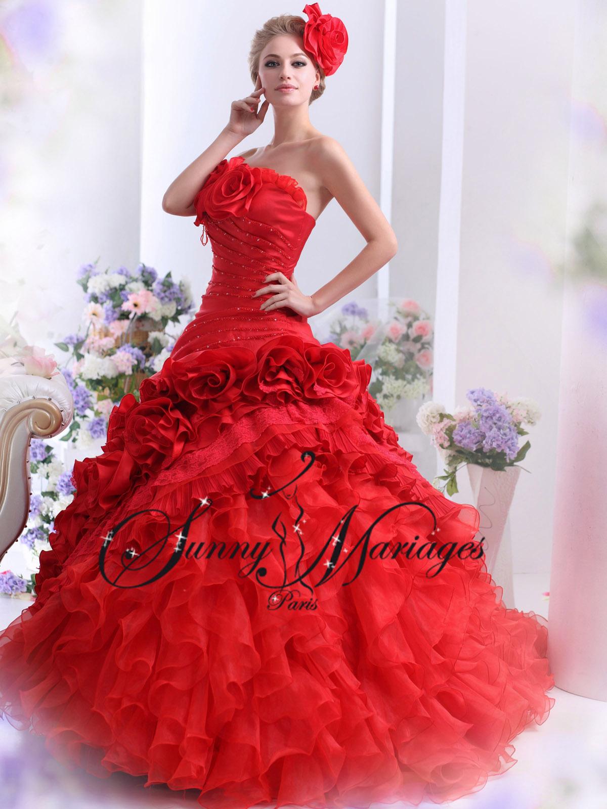 robes de mariée couleur rouge noir ivoire