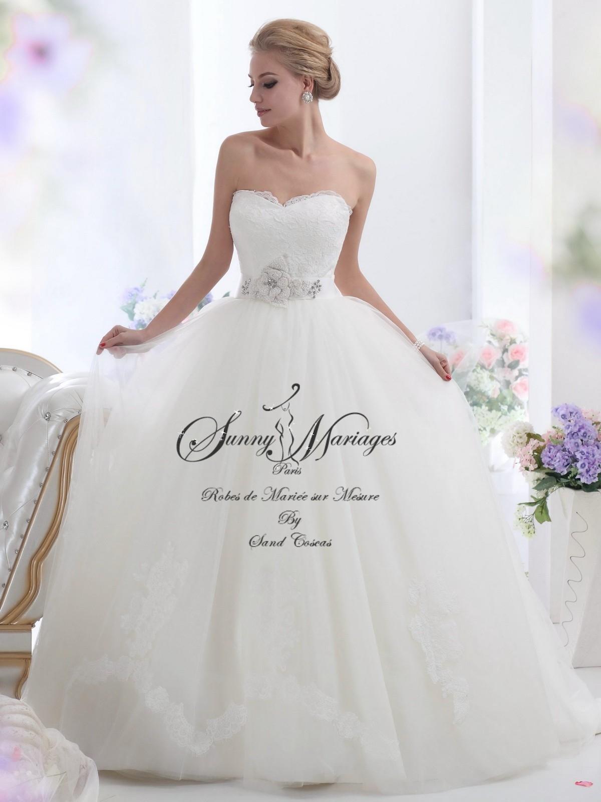 d48469a0dbb Je veux trouver des vêtements femmes de qualités et pas cher ICI. Robes de  mariée de princesse.